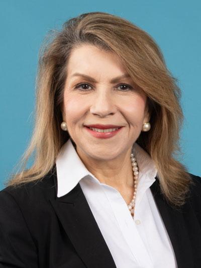 Carmen M Reinhart